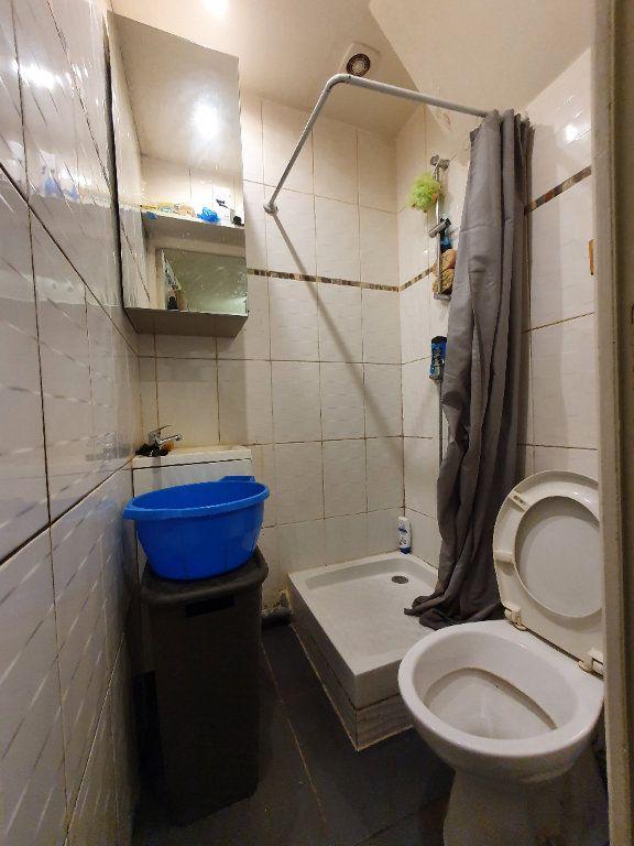 Appartement à louer 1 14m2 à La Courneuve vignette-3