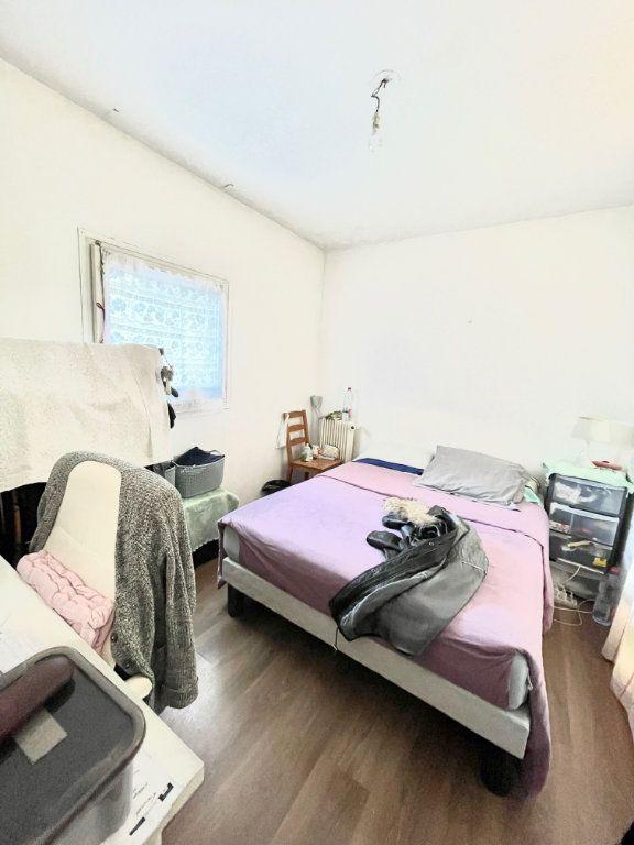 Appartement à vendre 3 63m2 à La Courneuve vignette-2
