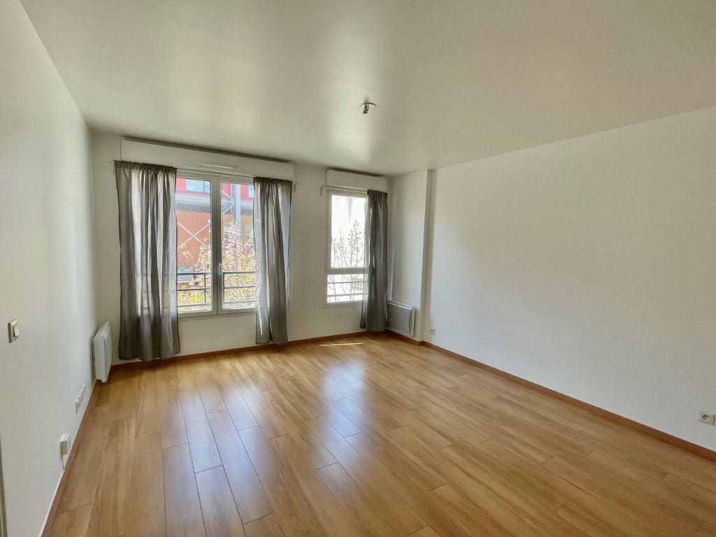 Appartement à louer 2 41m2 à Saint-Ouen vignette-1