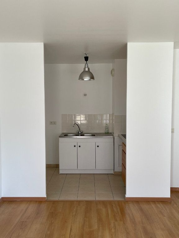 Appartement à louer 2 41m2 à Saint-Ouen vignette-2