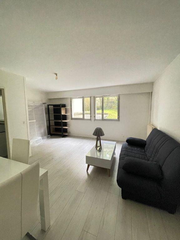 Appartement à louer 1 30m2 à Paris 12 vignette-3