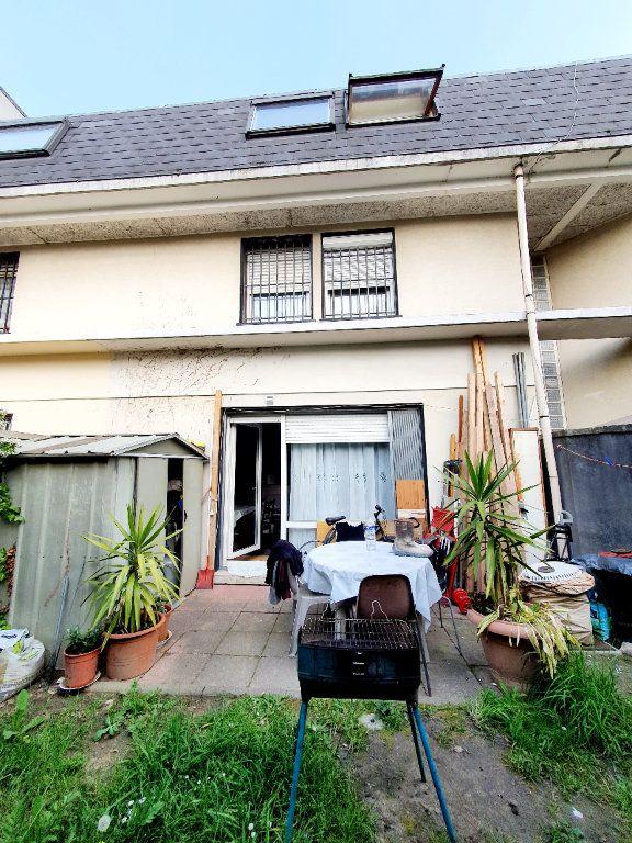 Appartement à vendre 2 49m2 à La Courneuve vignette-6