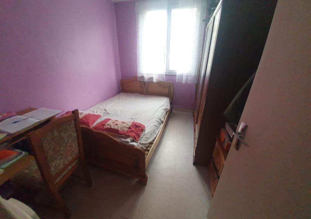 Appartement à vendre 3 56m2 à La Courneuve vignette-4