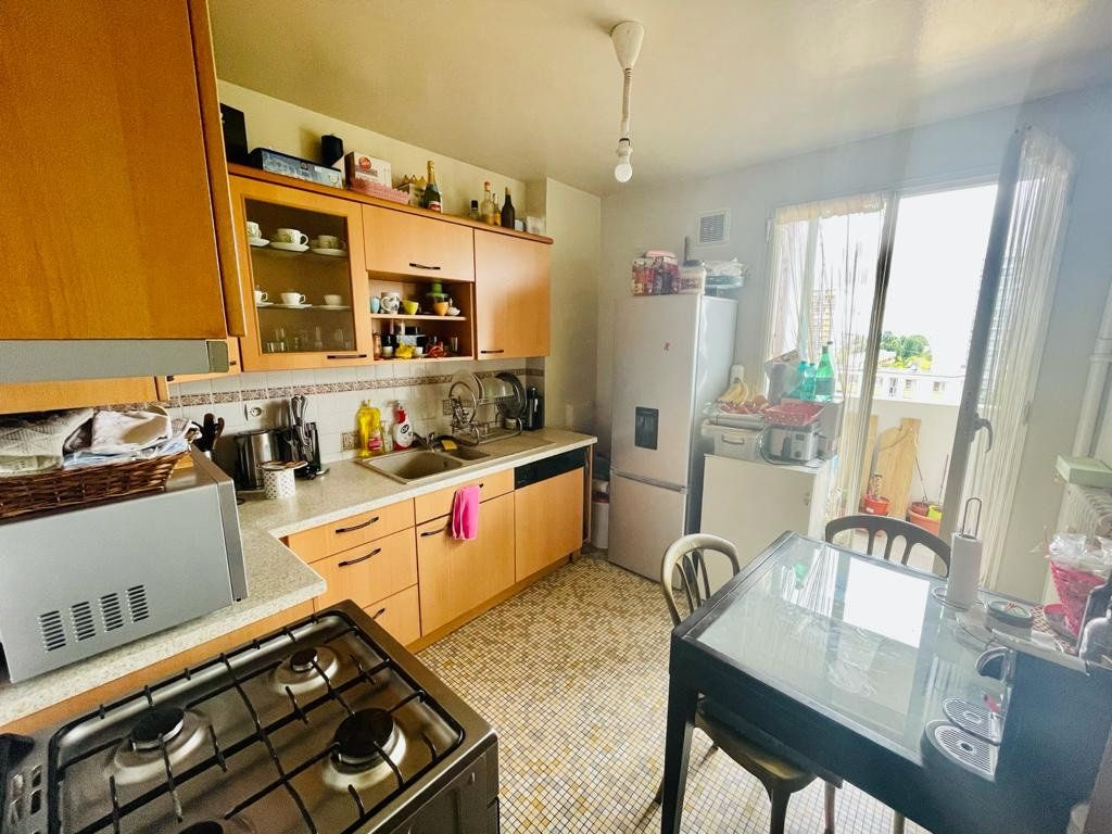 Appartement à vendre 3 63.35m2 à La Courneuve vignette-3