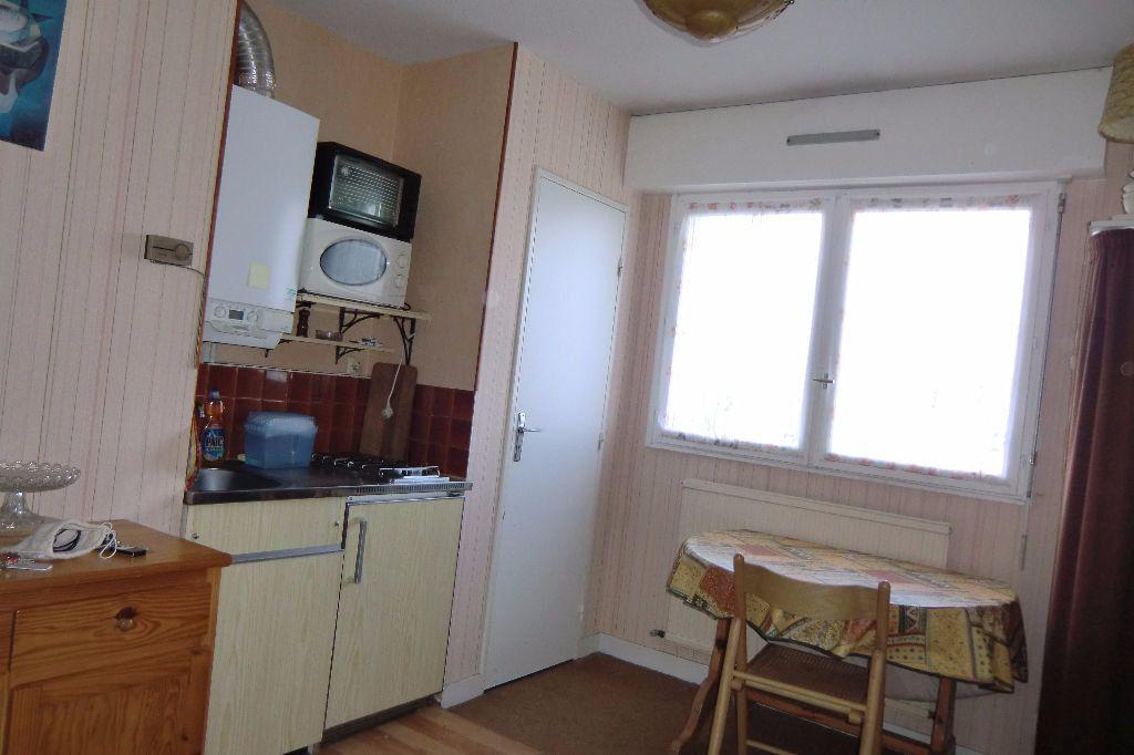 Appartement à louer 1 13m2 à Quiberon vignette-3