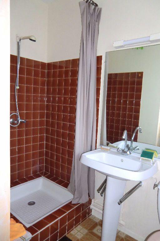 Appartement à louer 1 13m2 à Quiberon vignette-4