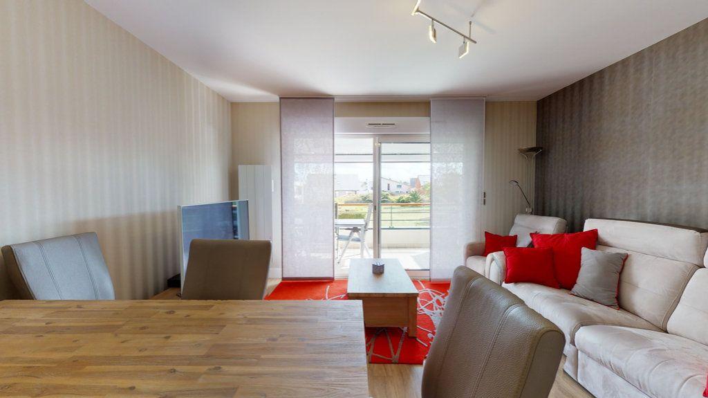 Appartement à vendre 3 62m2 à Quiberon vignette-2