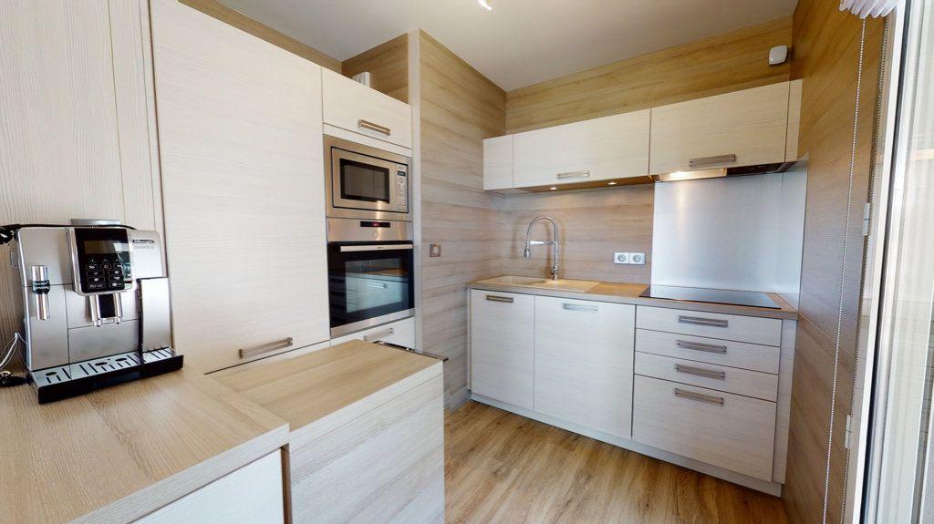 Appartement à vendre 3 62m2 à Quiberon vignette-3