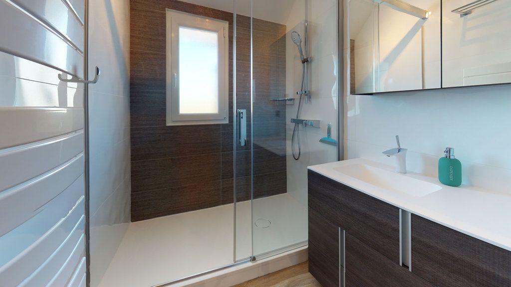 Appartement à vendre 3 62m2 à Quiberon vignette-4