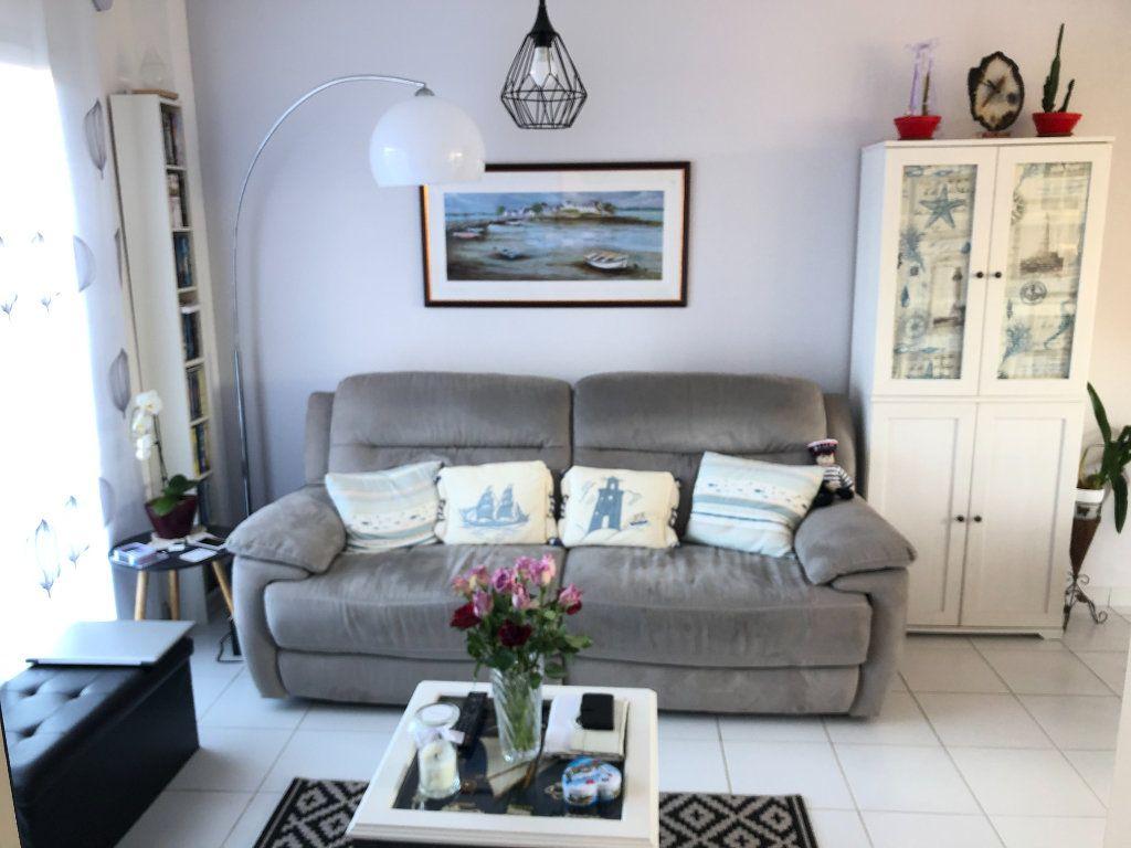 Maison à vendre 3 59.95m2 à Quiberon vignette-4