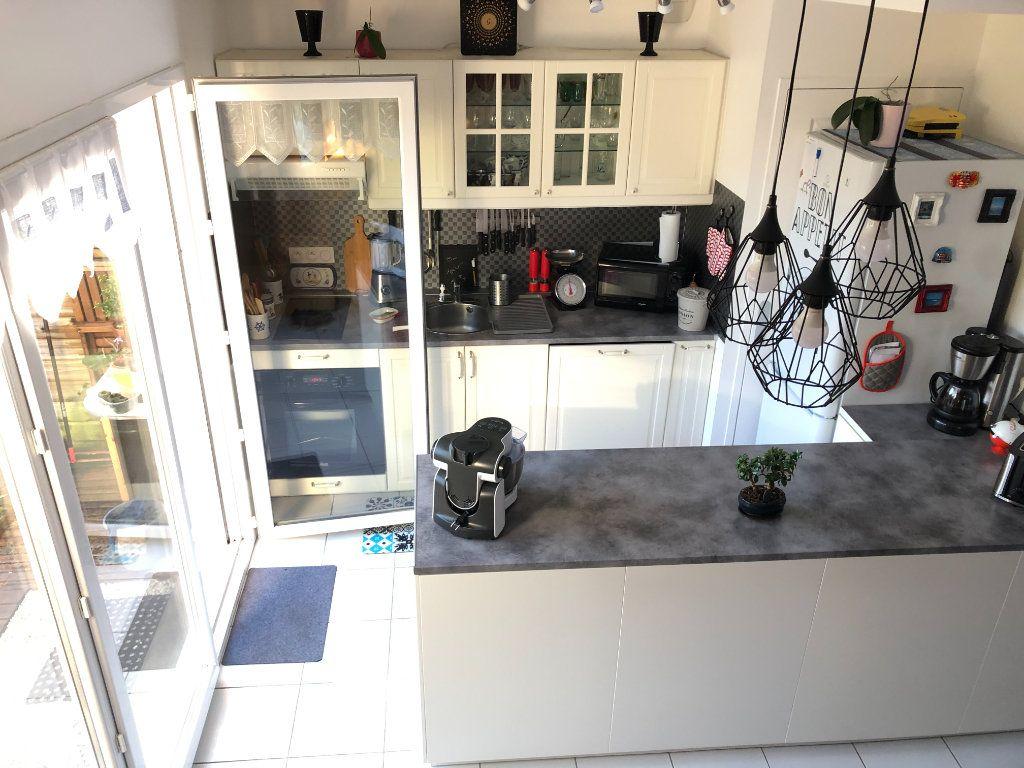 Maison à vendre 3 59.95m2 à Quiberon vignette-9