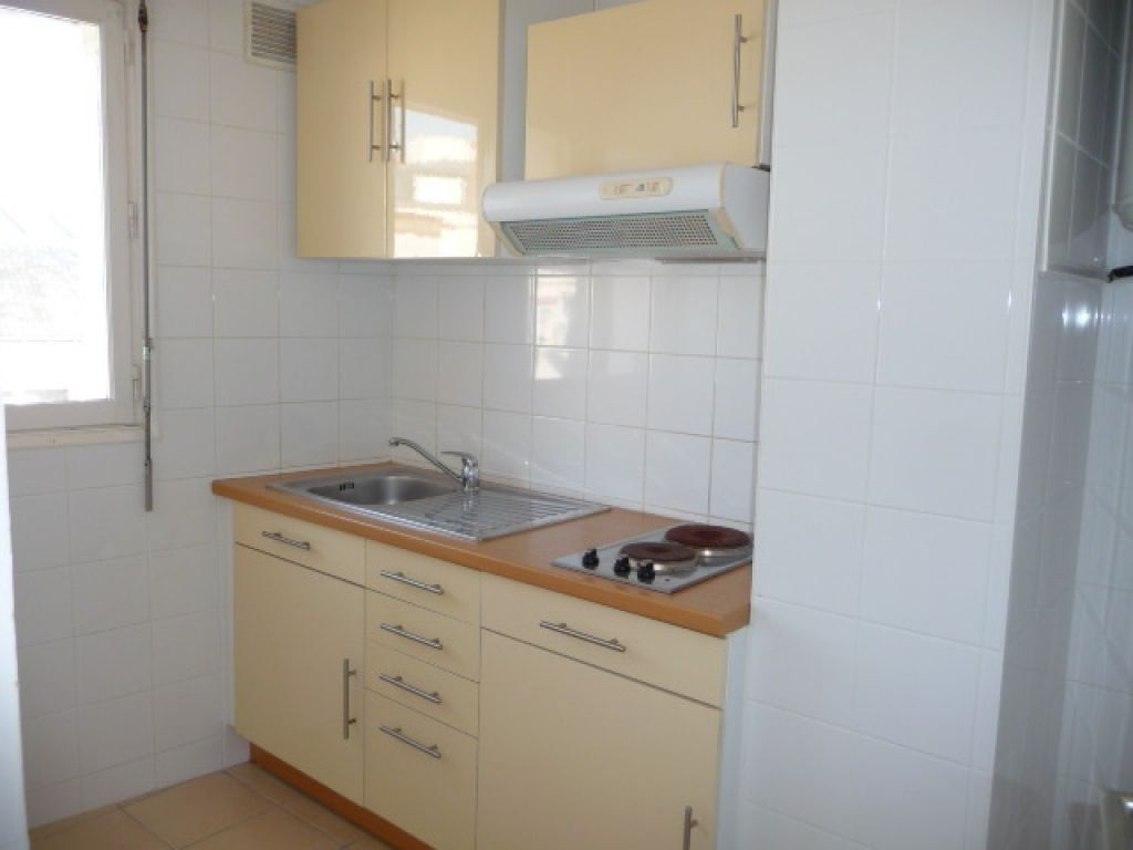 Appartement à louer 1 30m2 à Quiberon vignette-3