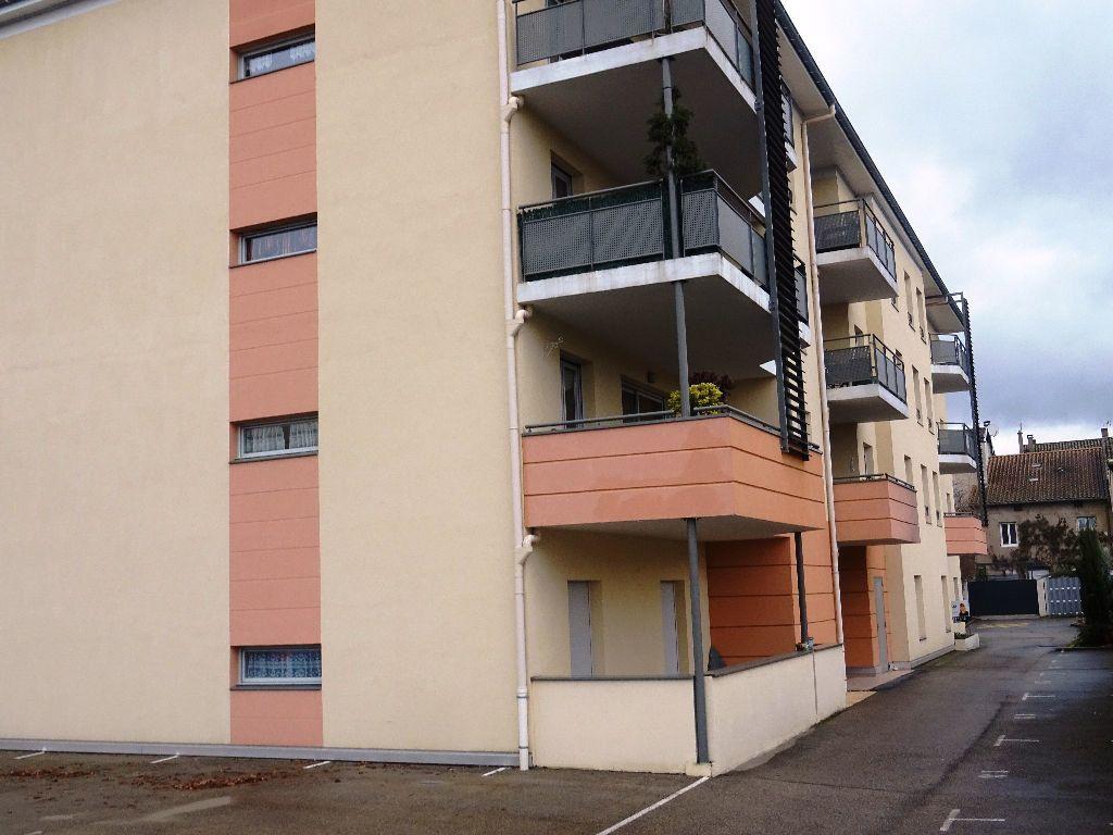 Appartement à louer 3 66.09m2 à Belleville vignette-1