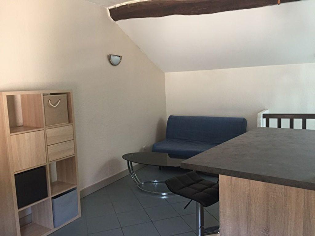 Appartement à louer 1 26m2 à Belleville vignette-3