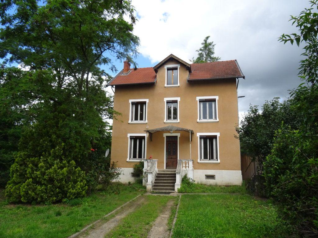 Maison à louer 7 141.93m2 à Lozanne vignette-1