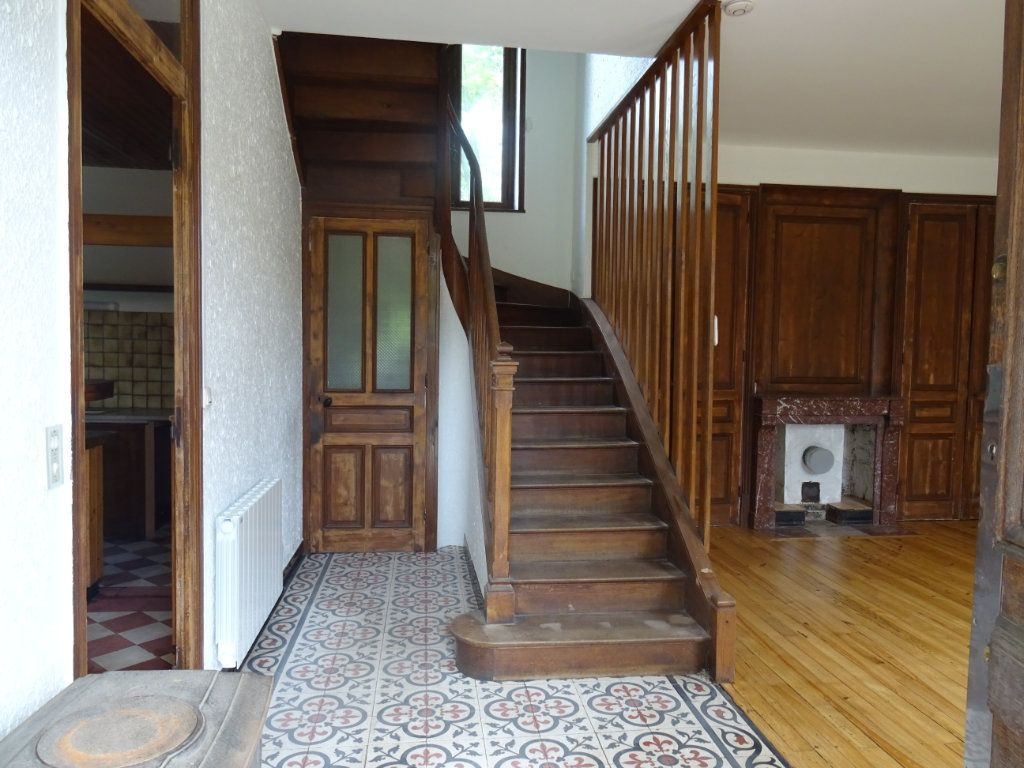 Maison à louer 7 141.93m2 à Lozanne vignette-2