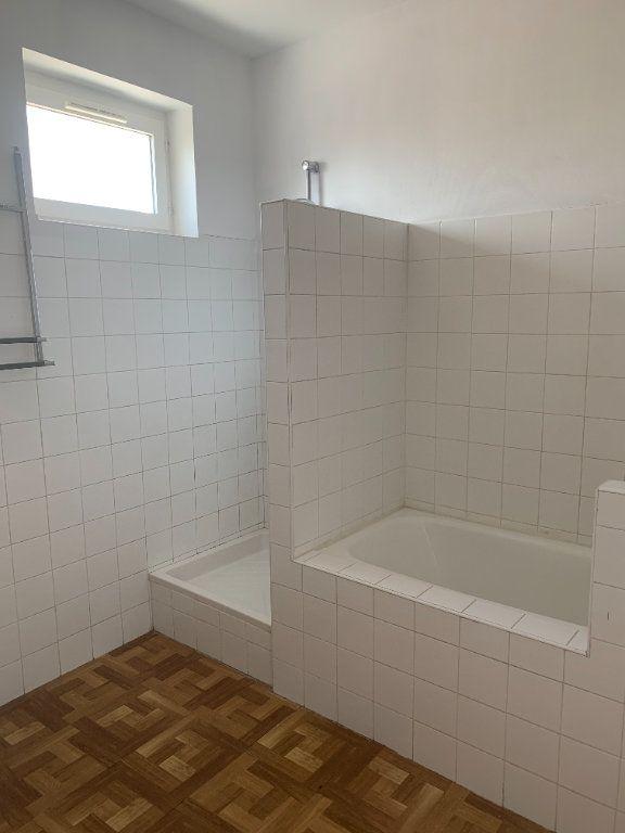Appartement à louer 2 57.83m2 à Villefranche-sur-Saône vignette-2