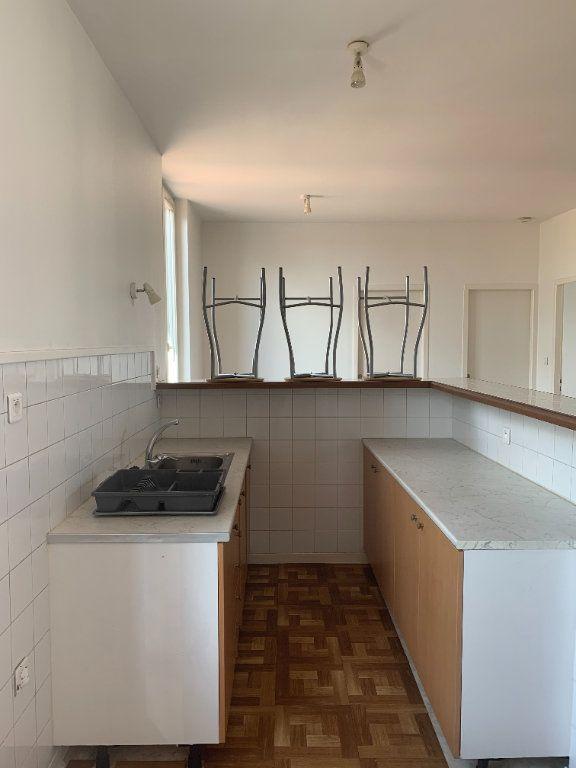 Appartement à louer 2 57.83m2 à Villefranche-sur-Saône vignette-4
