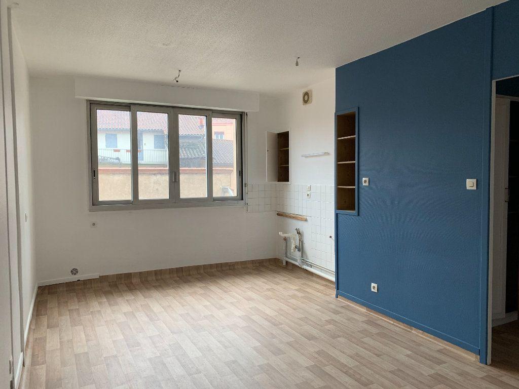 Appartement à louer 2 35m2 à Villefranche-sur-Saône vignette-9