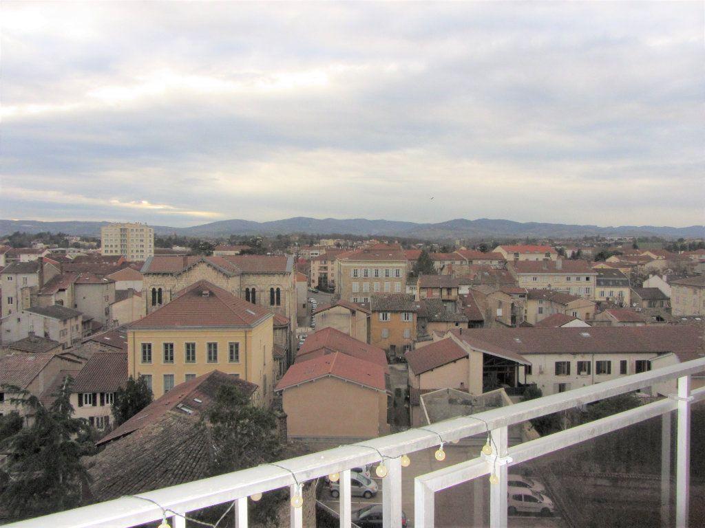 Appartement à vendre 4 89.47m2 à Villefranche-sur-Saône vignette-1