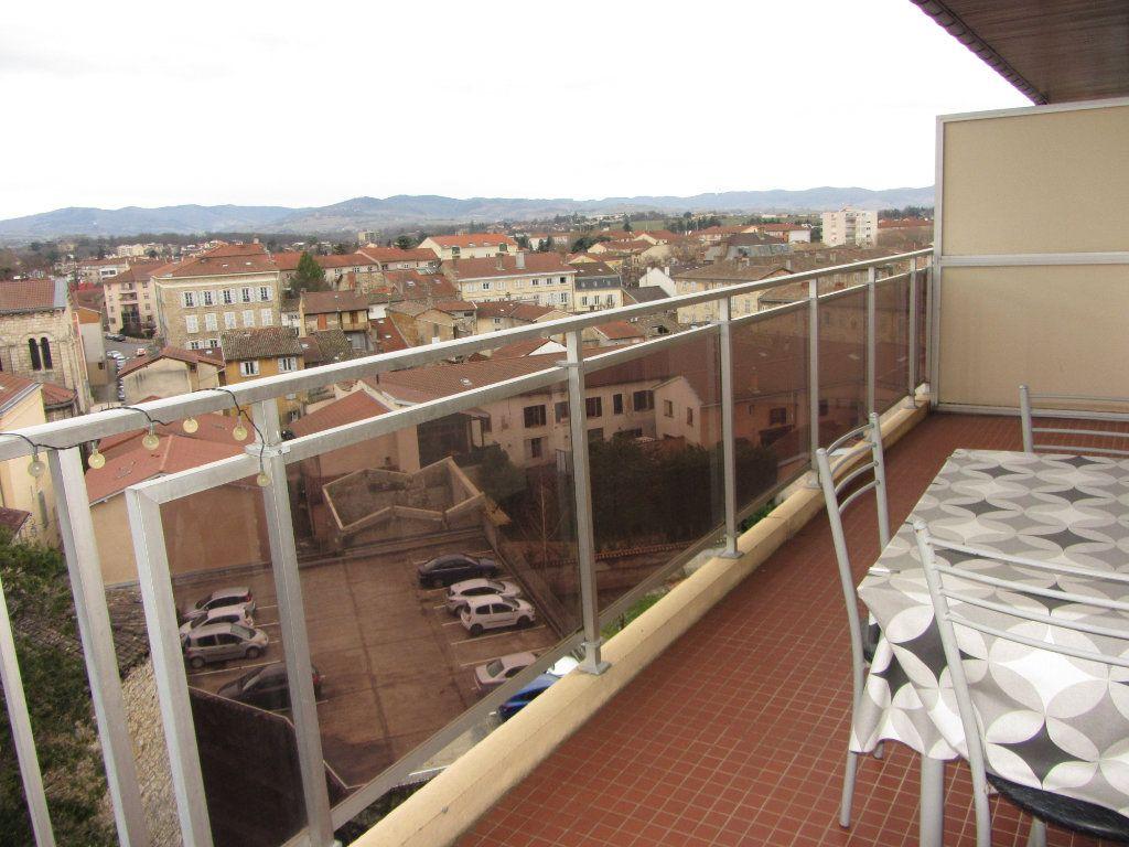 Appartement à vendre 4 89.47m2 à Villefranche-sur-Saône vignette-2