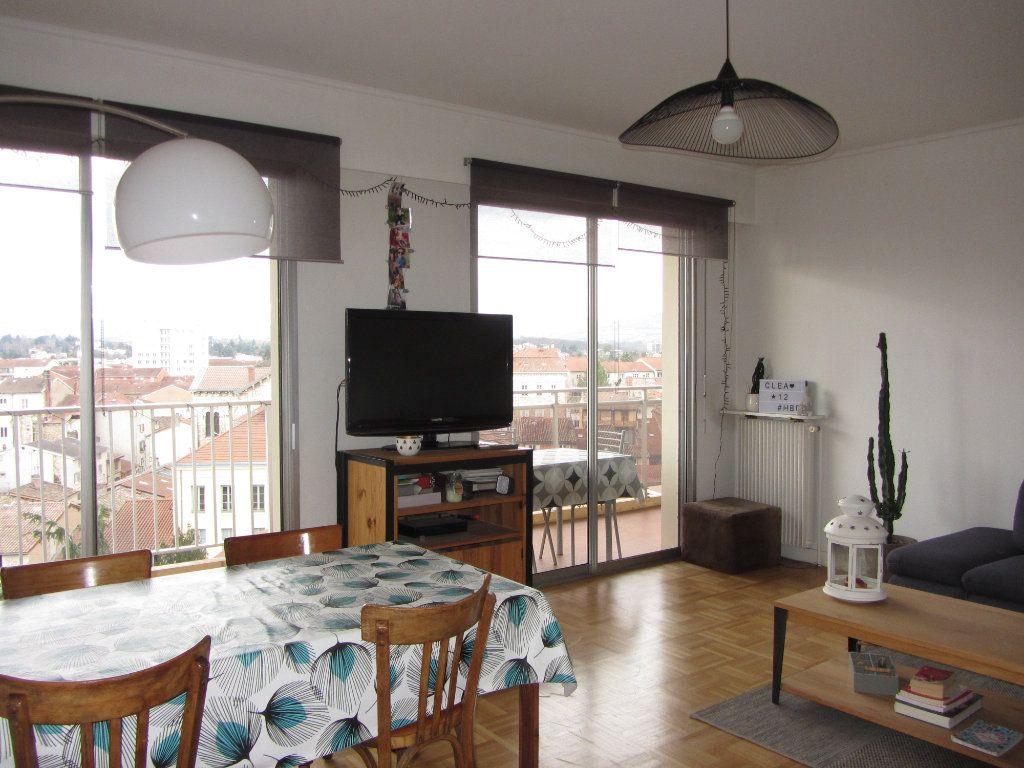 Appartement à vendre 4 89.47m2 à Villefranche-sur-Saône vignette-3