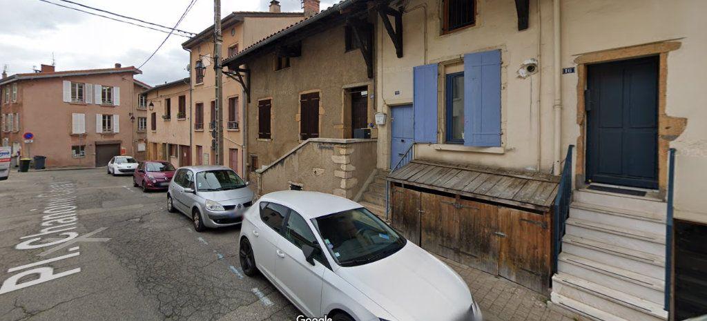 Appartement à louer 3 53m2 à Saint-Genis-Laval vignette-1