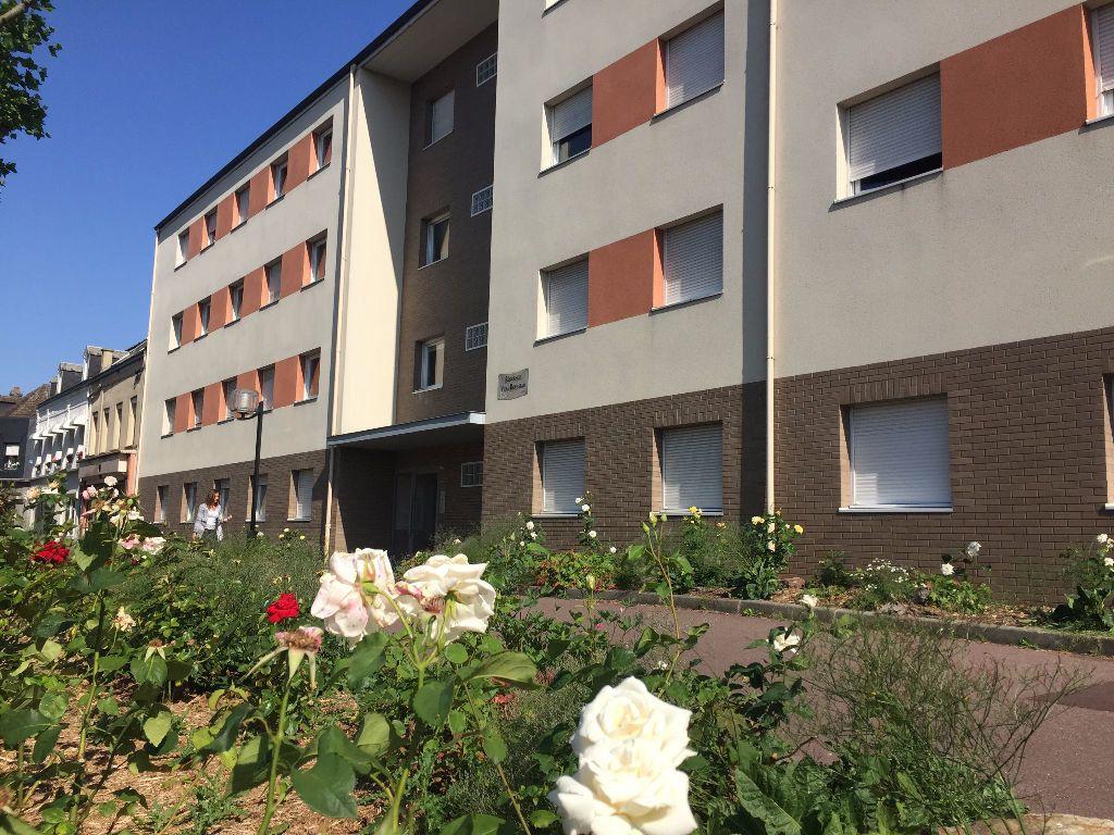 Appartement à louer 3 62.58m2 à Le Petit-Quevilly vignette-1