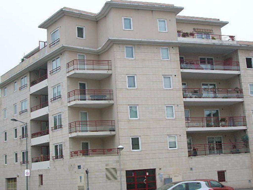 Appartement à louer 2 46.6m2 à Rouen vignette-1