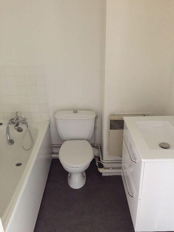 Appartement à louer 1 28.99m2 à Rouen vignette-4