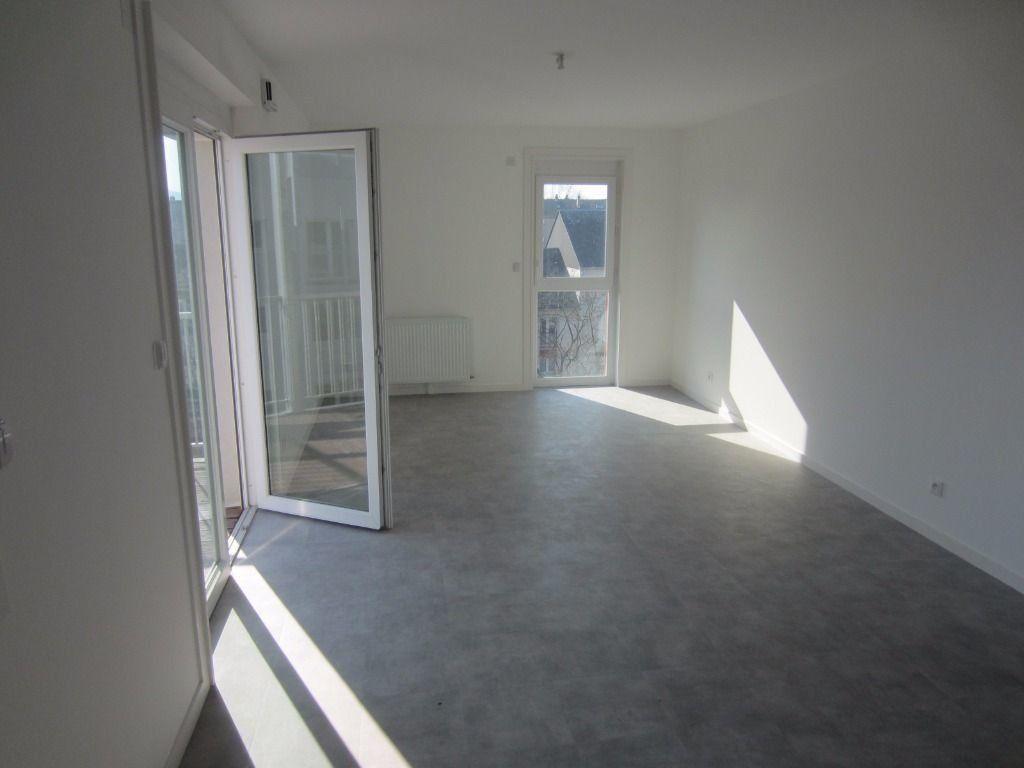 Appartement à louer 3 59.32m2 à Rouen vignette-2