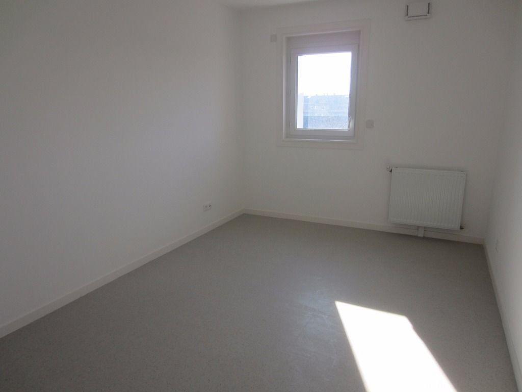 Appartement à louer 3 59.32m2 à Rouen vignette-4