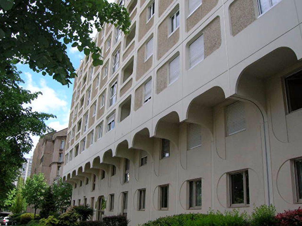 Appartement à vendre 3 68.2m2 à Rouen vignette-1