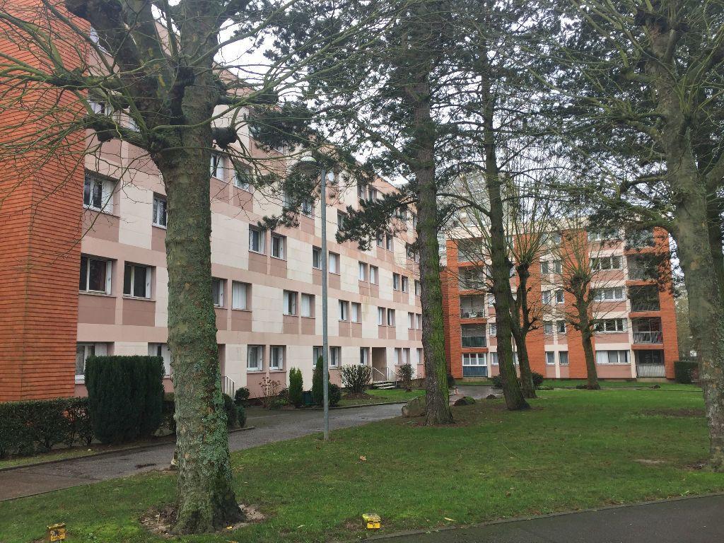 Appartement à vendre 5 91.27m2 à Rouen vignette-1
