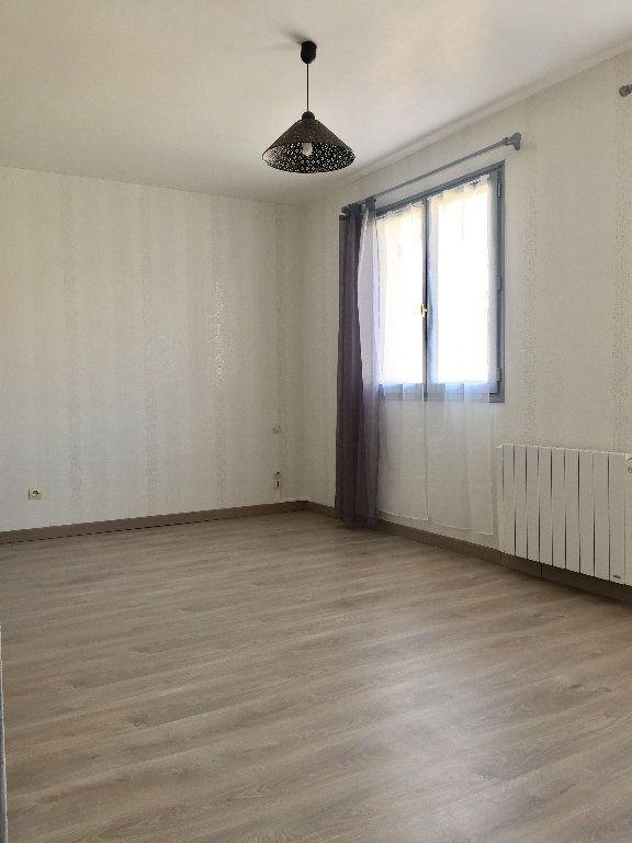 Maison à louer 2 46.02m2 à Le Petit-Quevilly vignette-3