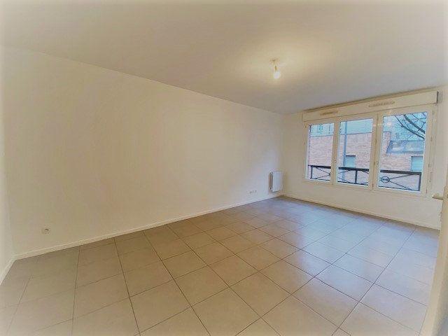 Appartement à louer 2 43.31m2 à Rouen vignette-2