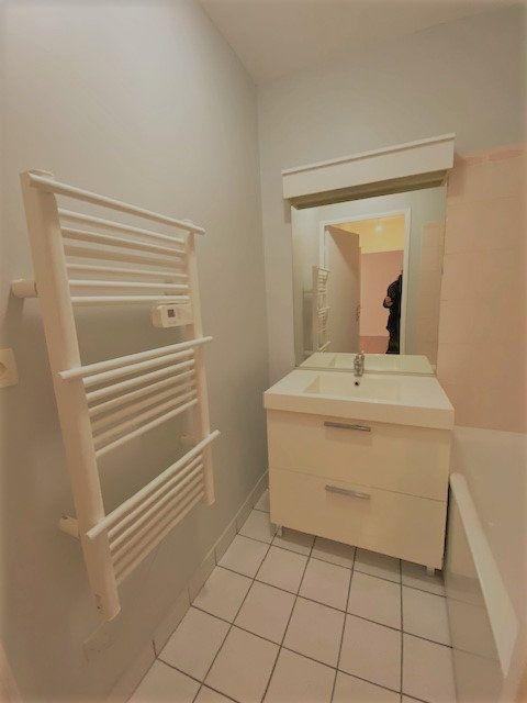 Appartement à louer 2 43.31m2 à Rouen vignette-4
