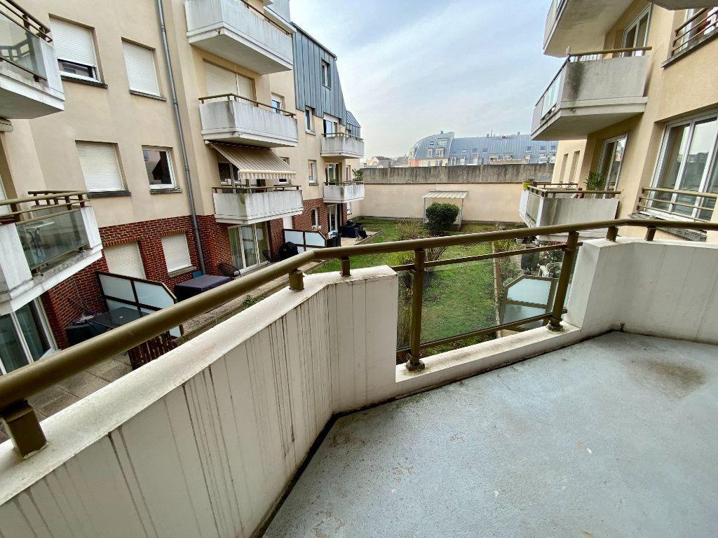 Appartement à louer 4 77.05m2 à Rouen vignette-1