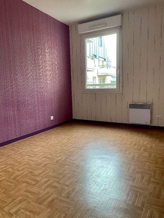 Appartement à louer 4 77.05m2 à Rouen vignette-6