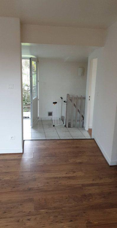 Appartement à louer 3 56m2 à Saint-Saëns vignette-2