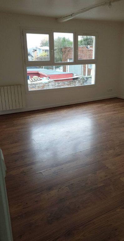 Appartement à louer 3 56m2 à Saint-Saëns vignette-3