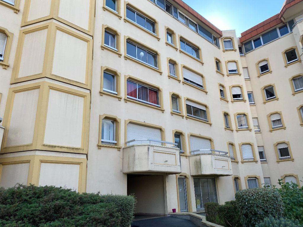Appartement à louer 1 30.64m2 à Rouen vignette-1