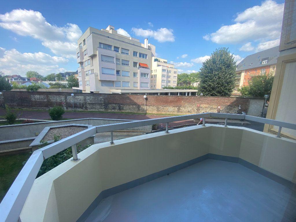 Appartement à louer 1 30.64m2 à Rouen vignette-2