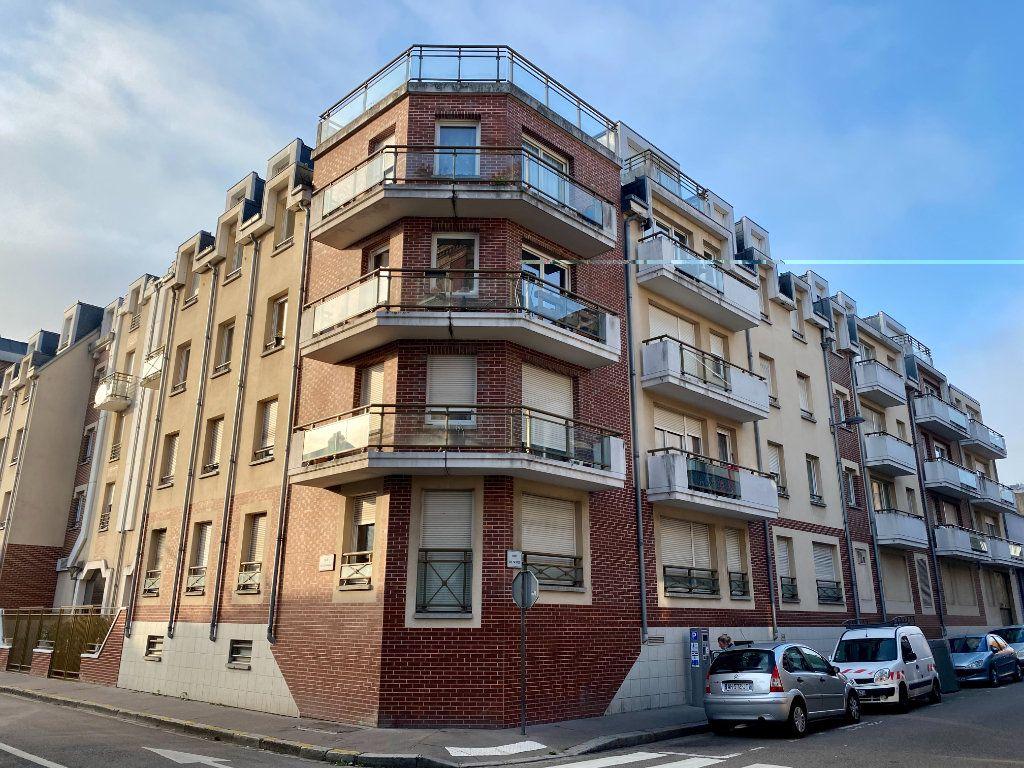 Appartement à vendre 3 68.9m2 à Rouen vignette-1