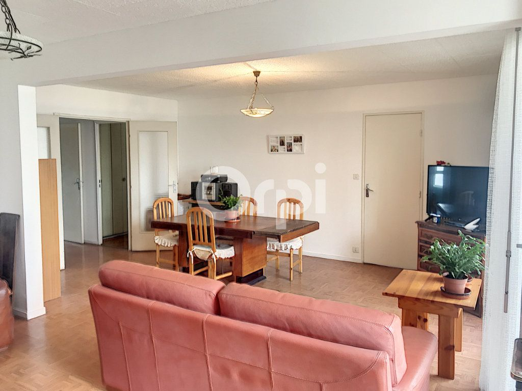 Appartement à vendre 4 99m2 à Blagnac vignette-2