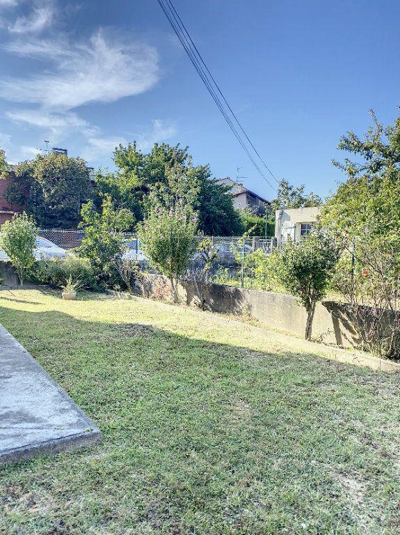 Maison à vendre 3 135m2 à Blagnac vignette-2