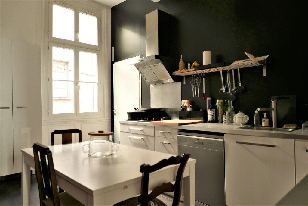 Appartement à vendre 5 122.21m2 à Toulouse vignette-9