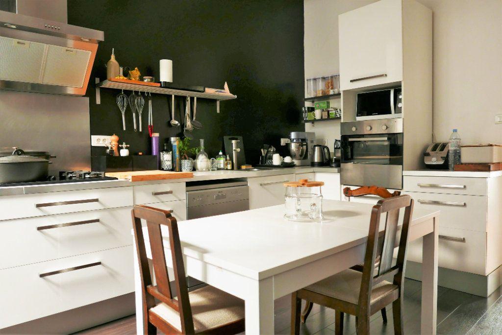 Appartement à vendre 5 122.21m2 à Toulouse vignette-10