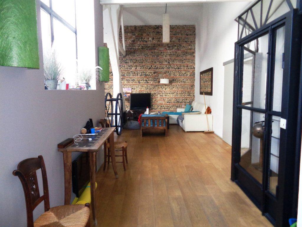 Appartement à vendre 7 230m2 à Toulouse vignette-2