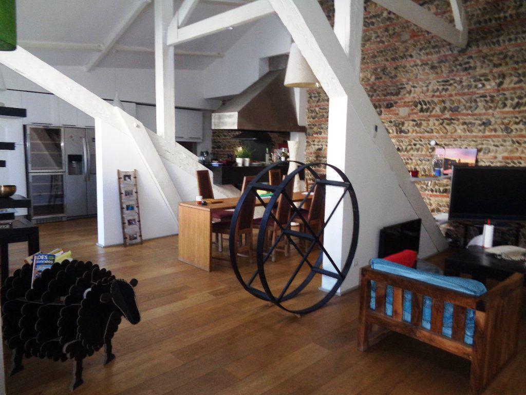 Appartement à vendre 7 230m2 à Toulouse vignette-3